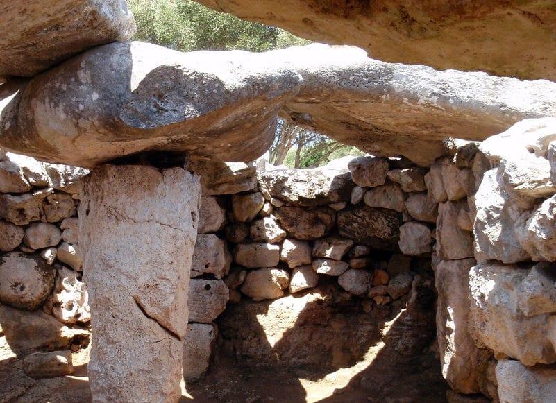 Site prehistorique torre d'en Galmes