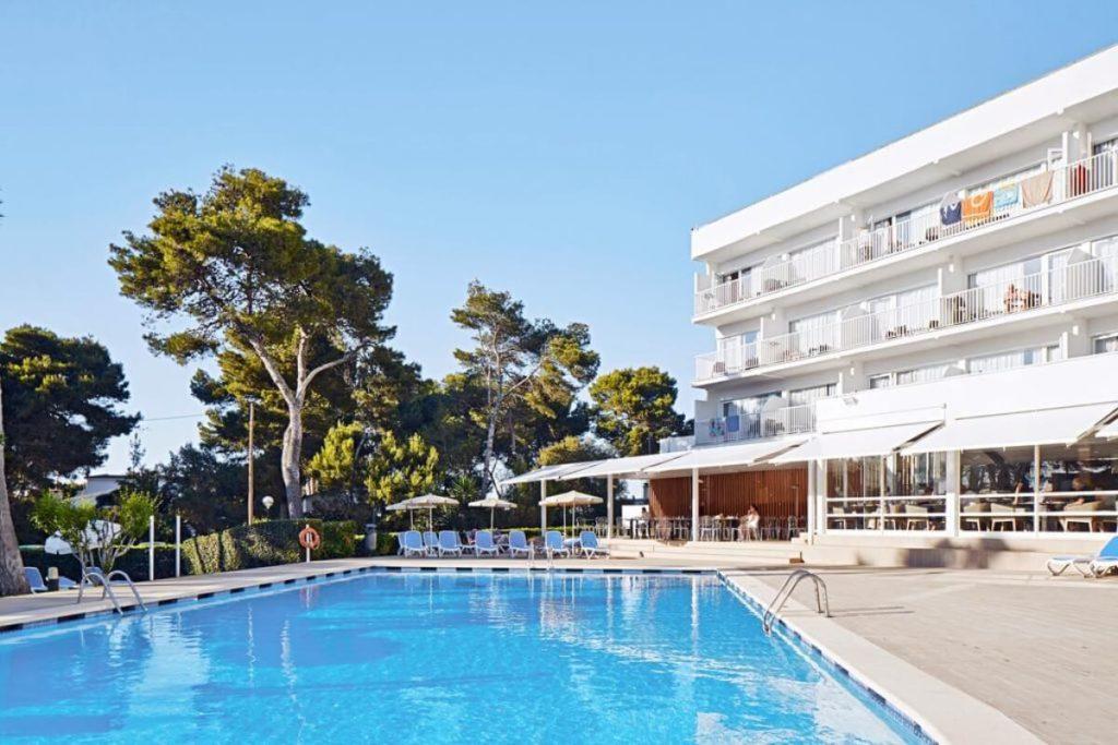 Hotel de Cala Galdana