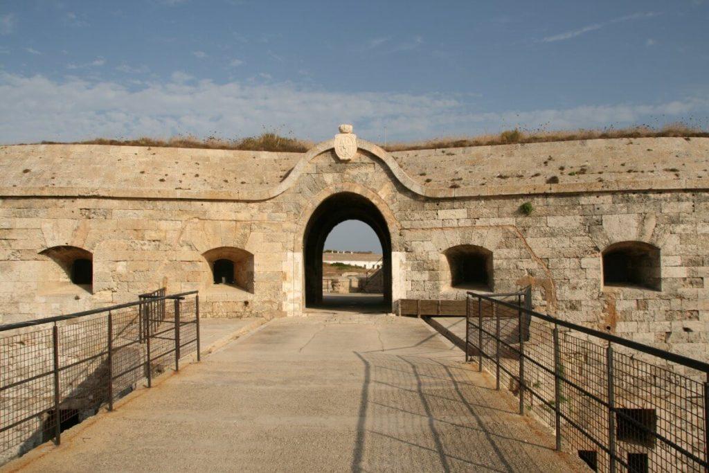 Forteresse De La Mola | Mahon à Minorque, Que Faire ? Que Visiter ? | Visiter Minorque