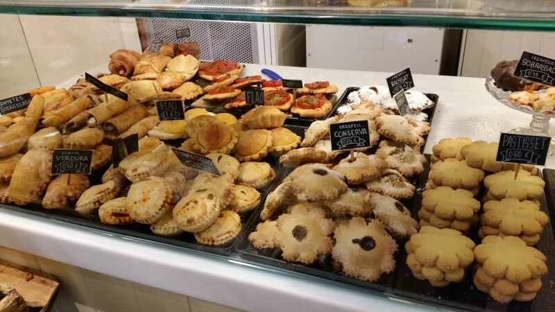 Etal d'une boulangerie (Panaderia) de Mahon