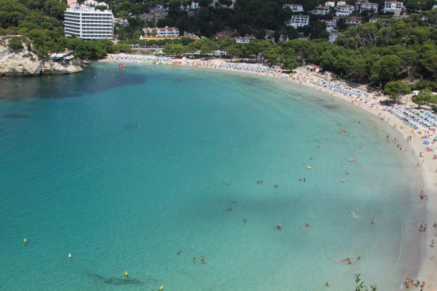 La plage de Cala Galdana est superbe