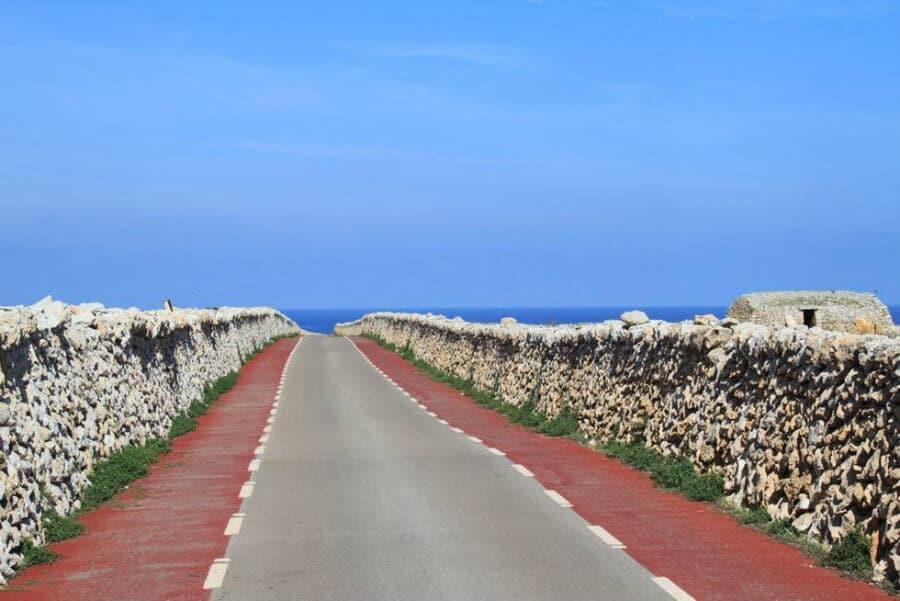 Punta Nati , une escapade seulement accessible en voiture.