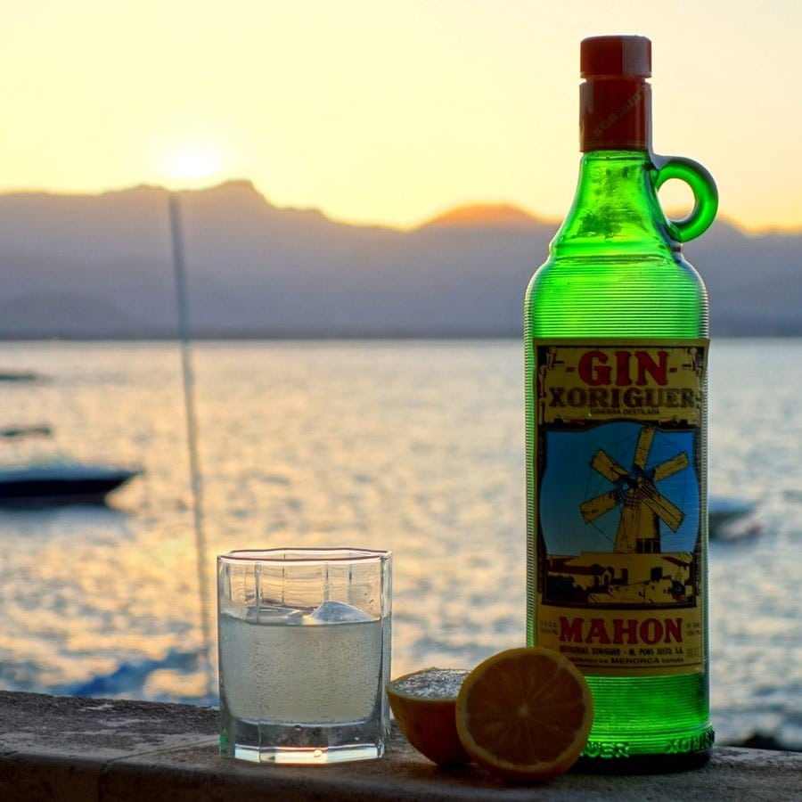 Un gin local , parfait pour accompagner la gastronomie de Minorque
