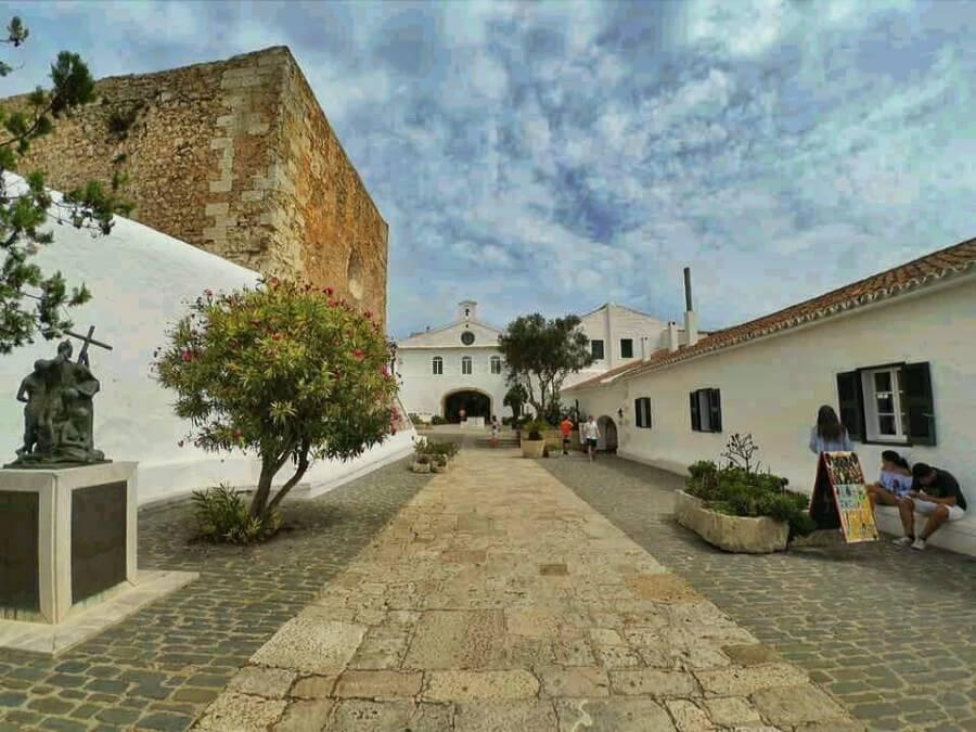 Es Mercadal, sanctuaire de Monte Toro