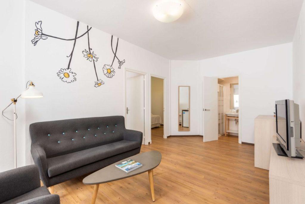 Chambre Suite | Hostal Jume Urban Rooms, En Plein Cœur De Mahon | Bons Plans Minorque