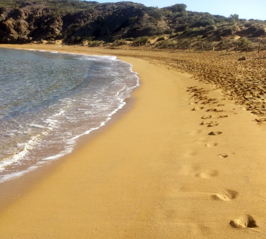 plages-deserte-minorque-en-avril