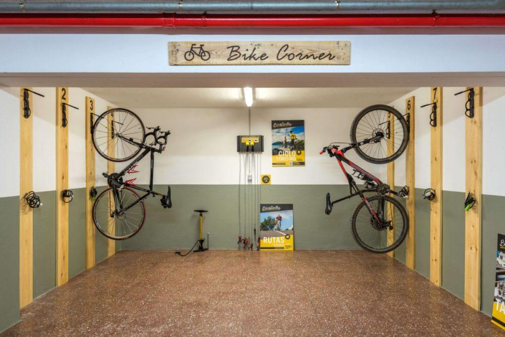 Velo | Hostal Jume Urban Rooms, En Plein Cœur De Mahon | Bons Plans Minorque