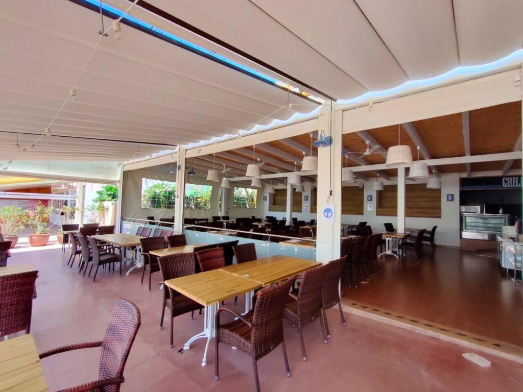 Intérieur restaurant Can Santi à Minorque